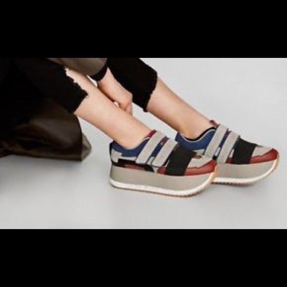 7999cd932c Zara Multicolored Platform Sneakers. M_5b6c2cad2aa96ae68d9c999e